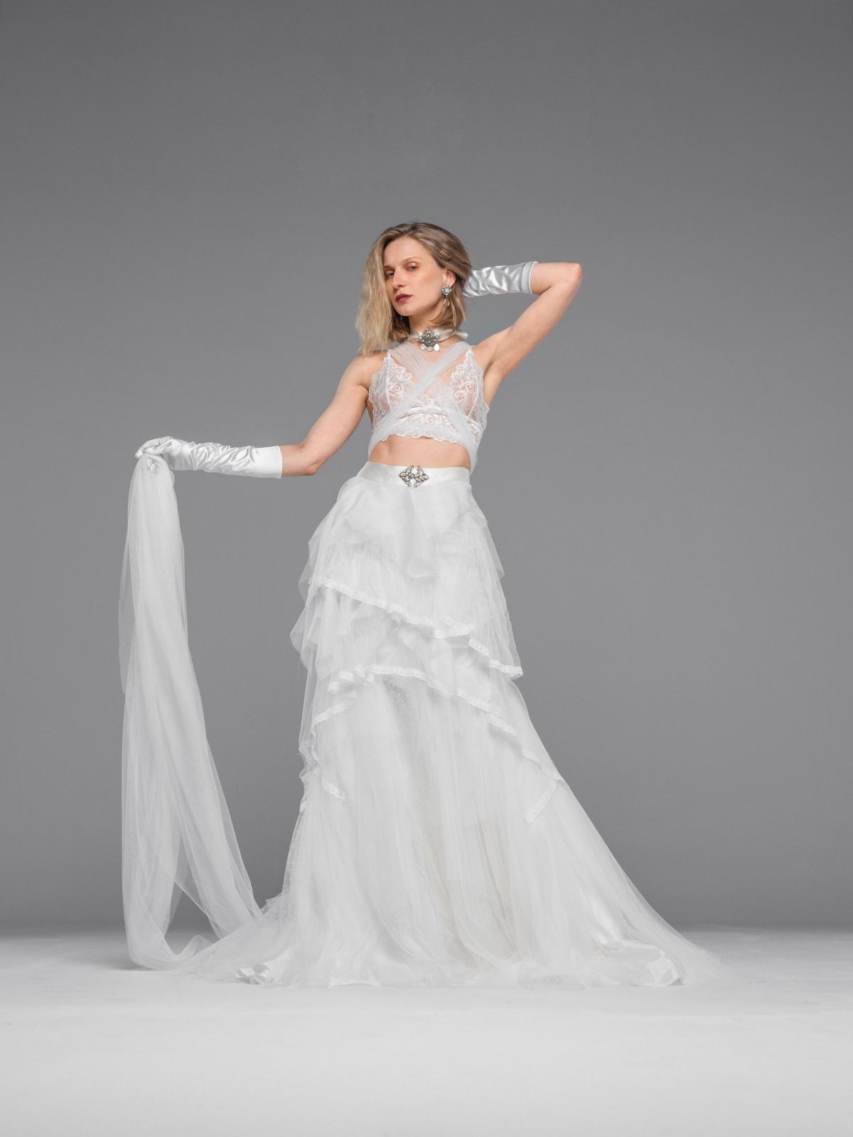 imagen-vestido-madame-colección-hoovervirtuosity-Inma-Saurina